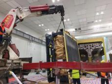 德国进口精密设备吊装